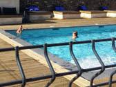 Afkoelen in de zwembaden van La-Bastide
