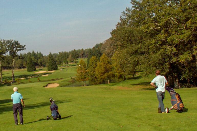 Golf in Frankrijk sportactiviteiten op de golfbaan in hole 12 Haute-Vienne Nouvelle-Aquitaine