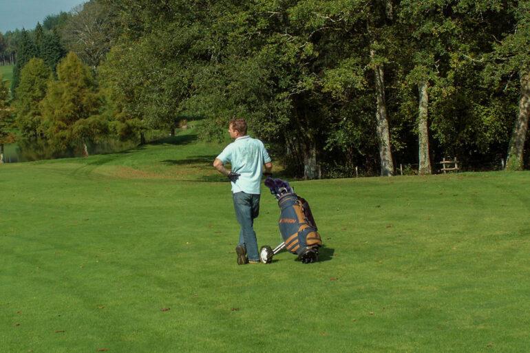 Golf in Frankrijk sportactiviteiten relaxed op de golfbaan in Haute-Vienne Nouvelle-Aquitaine
