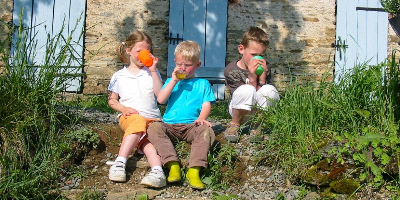 Kindvriendelijk vakantiedomein La-Bastide 3 kinderen drinken