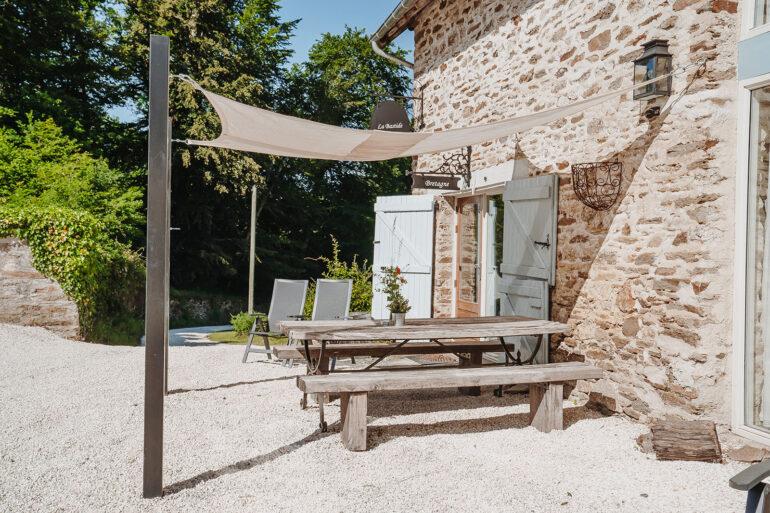 Vakantiehuis Bretagne La-Bastide voorkant hoekhuis heerlijk onbezorgd vakantie vieren