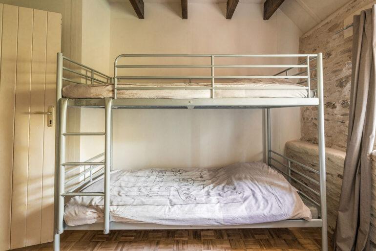 Vakantiehuis Limousin La-Bastide kinder slaapkamer met stapelbed