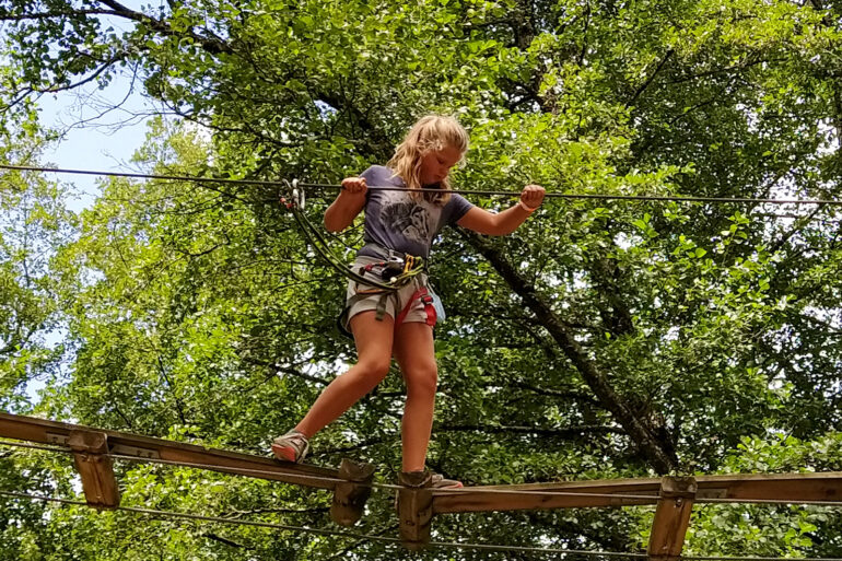 Activiteiten La-Bastide avonturenpark Espace Hermeline klimpark voor kinderen