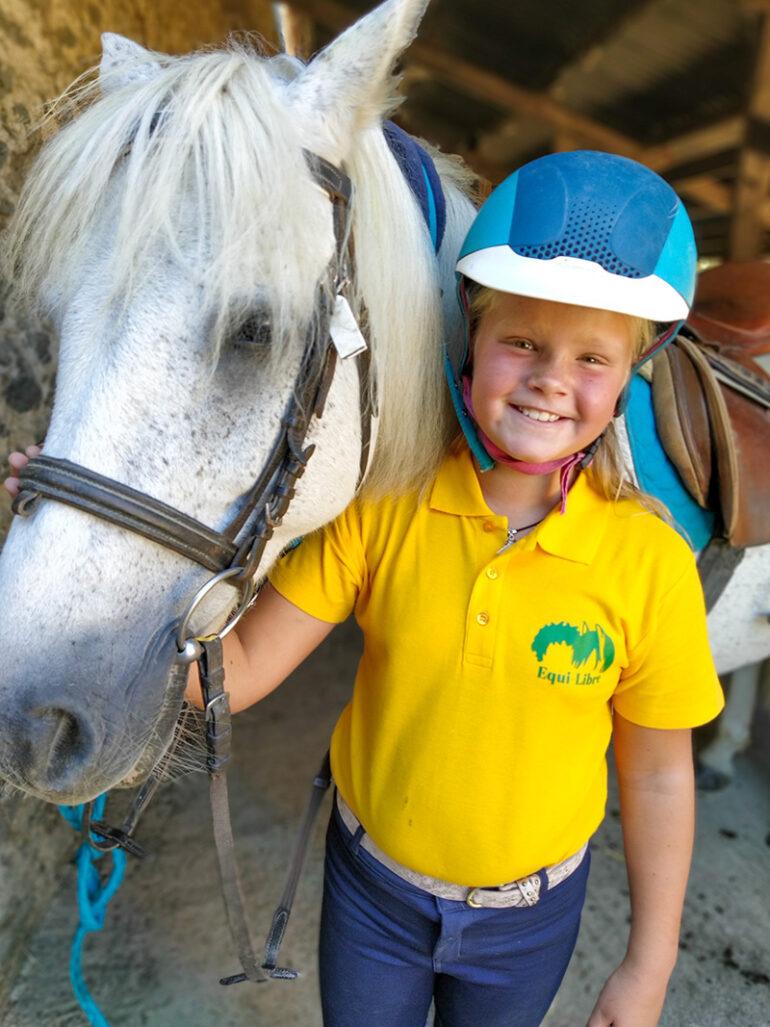 Activiteiten La-Bastide paardrijden in Frankrijk, kindvriendelijk, sportief en avontuurlijk!