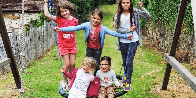 Vakantiedomein La-Bastide speelkameraadjes voor de kinderen, spelen met je vakantie vriendjes!
